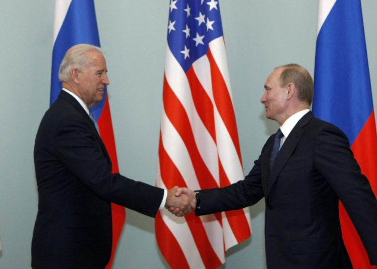 Biden Says Putin Is a Killer and Russia Will Pay for Meddling in US Elections